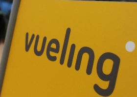 vueling_sign