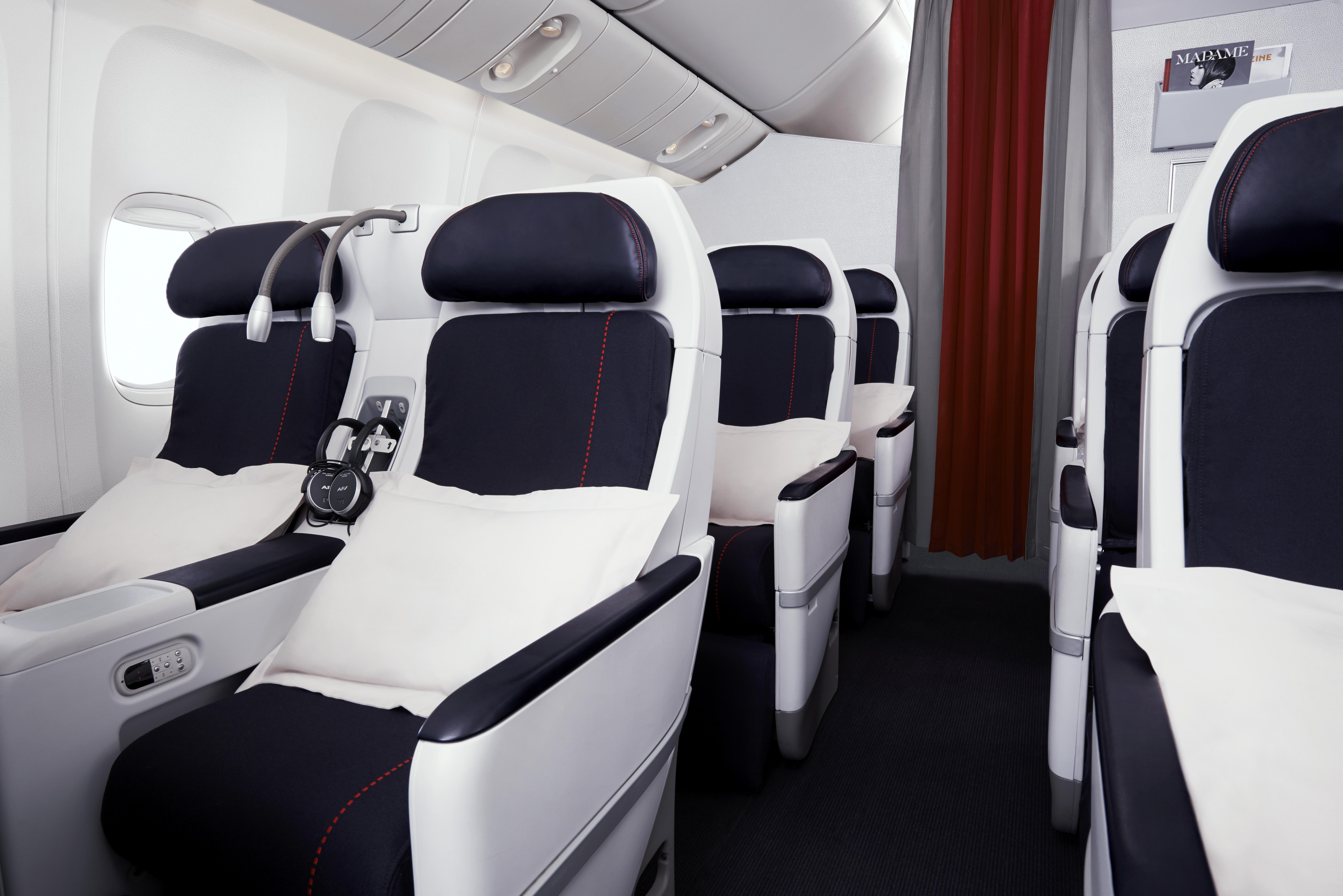 best-and-beyond-premium-economy-cabin